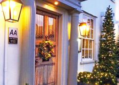 The Great House Hotel and Restaurant - Sudbury - Outdoor view