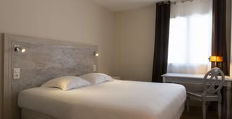 The Originals Boutique, Hôtel Les Poèmes de Chartres (Inter-Hotel) - Chartres - Bedroom