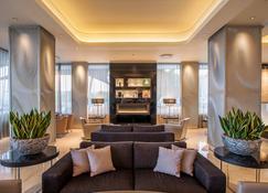 Crowne Plaza Limassol - Limassol - Reception