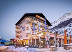 Matterhorn Inn - Zermatt - Building