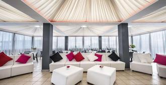 Kleopatra Design Hotel - נאפולי - סלון