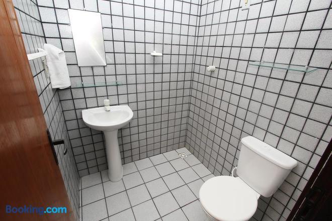 Flat Pousada da Praia - Natal - Bathroom