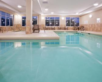 Holiday Inn Eau Claire South I-94 - Eau Claire - Piscina