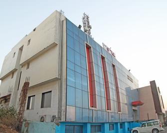 Oyo 4754 Hotel Center Point - Rudrapur - Building