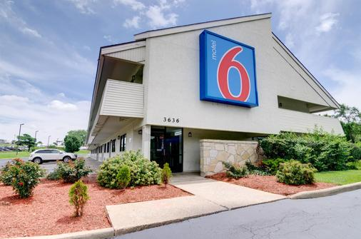 Motel 6 Kansas City - Κάνσας Σίτυ - Κτίριο