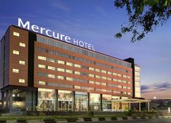Mercure Makassar Nexa Pettarani - Makassar - Building