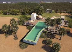 Dune Eco Village & Spa - Puducherry - Bể bơi