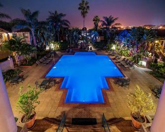 Mercure Nelspruit Hotel - Nelspruit - Pool