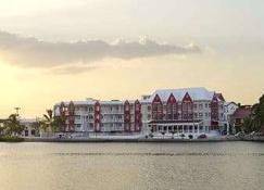 Ramada Tikal Isla de Flores Hotel - Flores - Gym