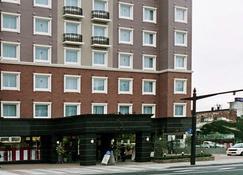 Toyoko Inn Ueda Ekimae - Ueda - Rakennus
