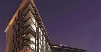 Radisson Blu Hotel, Abu Dhabi Yas Island - Abu Dhabi - Edifício