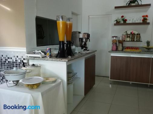 Hotel Pousada Oasis - Conde - Buffet