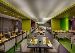 72 Hotel - Šarja - Ravintola