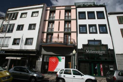 Hotel Catedral - Funchal - Building