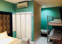 OYO 318 西姆斯精品酒店 - 吉隆坡 - 臥室