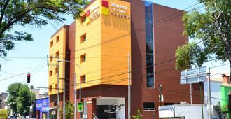 Hotel & Villas Panamá - מקסיקו סיטי - בניין