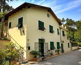 Casale Coreallo - Spotorno - Building