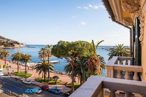 Hotel Vesuvio - Rapallo - Παραλία