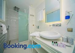 Ada Hotel - Istanbul - Bathroom