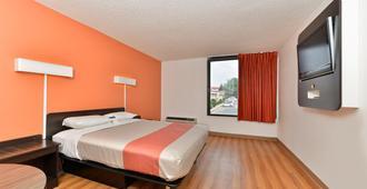 Motel 6 Fort Worth - Downtown East - פורט וורת' - חדר שינה