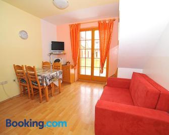 Apartment Village Moravske Toplice - Moravske Toplice - Huiskamer