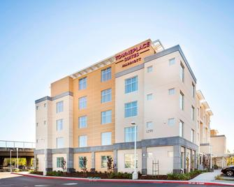Towneplace Suites San Mateo Foster City - Foster City - Building