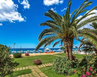 Hotel Poseidon - Belvedere Marittimo - Outdoors view