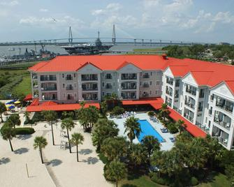 Harborside at Charleston Harbor Resort and Marina - Mount Pleasant - Building
