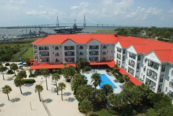 Harborside at Charleston Harbor Resort and Marina - Mount Pleasant - Rakennus