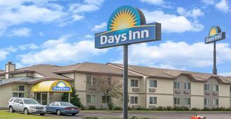 Days Inn by Wyndham West-Eau Claire - Eau Claire