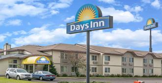 Days Inn by Wyndham West-Eau Claire - Eau Claire