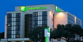 Holiday Inn Hotel & Suites Beaumont Plaza (I-10 & Walden), An Ihg Hotel - בומונט