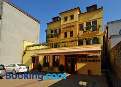 Hotel U Radnice - Louny - Building