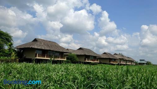 Mekong Riverside Boutique Resort & Spa - Cái Bè - Building