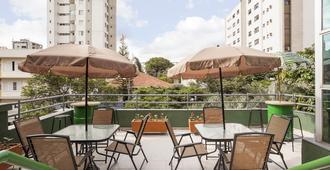 Br Hostel - Belo Horizonte - Building