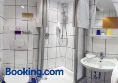 Hotel Rheingold - Gernsheim - Bathroom