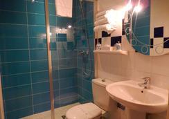 Kyriad Chalon sur Saone Centre - Chalon-sur-Saône - Bathroom