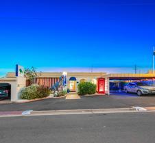 Bundaberg Coral Villa Motor Inn