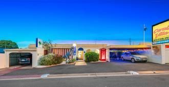 Bundaberg Coral Villa Motor Inn - บุนดาแบร์ก
