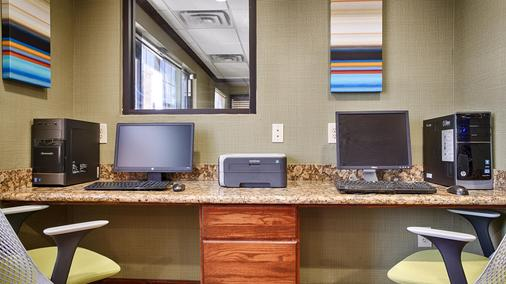 Best Western Temple Inn & Suites - Temple - Business Center