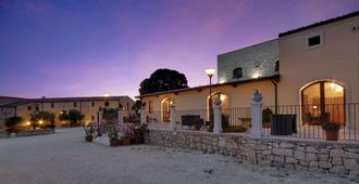 Artemisia Resort - Ragusa - Building