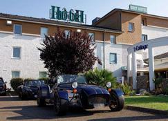 Brit Hotel le Cottage - Arnage - Building