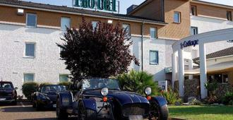 Brit Hotel le Cottage - Arnage