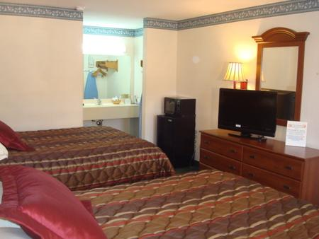 Southern Lodge - Orangeburg - Bedroom
