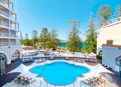 Crowne Plaza Terrigal Pacific - Terrigal - Pool