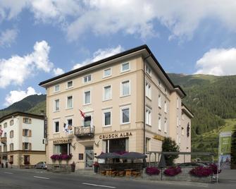 Hotel Crusch Alba - Zernez - Building