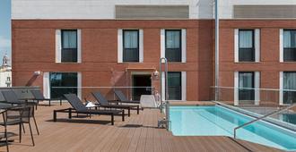 NH Málaga - Málaga - Pool