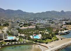 Oscar Resort Hotel - Kyrenia - Outdoor view