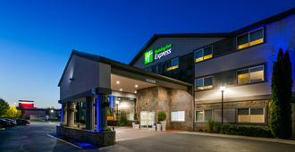 Holiday Inn Express & Suites Everett - Everett