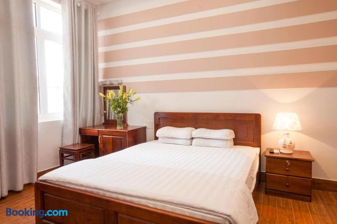 Phuong Nam Guest House - Phan Thiet - Bedroom